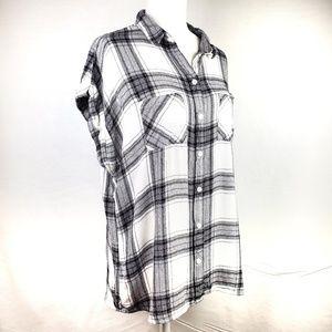BLL New York Tops - BLL High/Low Short Sleeve Flannel Top A17
